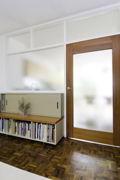 Span House - /media/images/Web-44-The-Lane_door2_.jpg