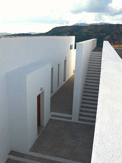 Casa Cerro - /media/images/Web-CCerro-rear-steps.jpg